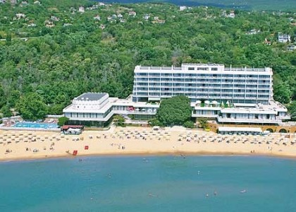 palace-sunny-day-litoral-bulgaria (4)